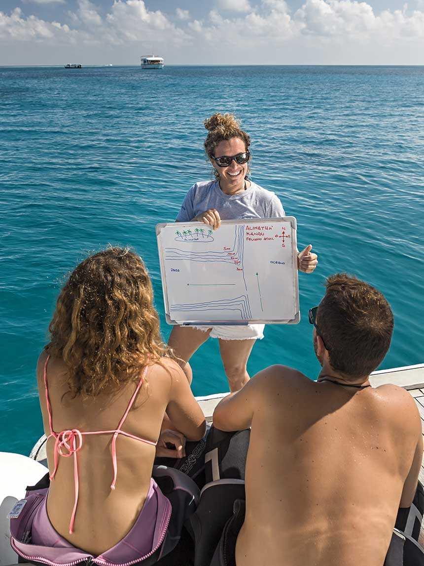 6 raisons pour devenir guide de plongée